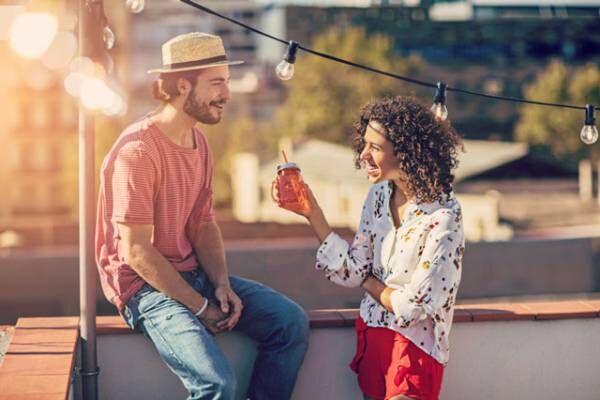 女友達は自信をくれるけど…恋愛相談をするなら女性より男性がオススメな理由