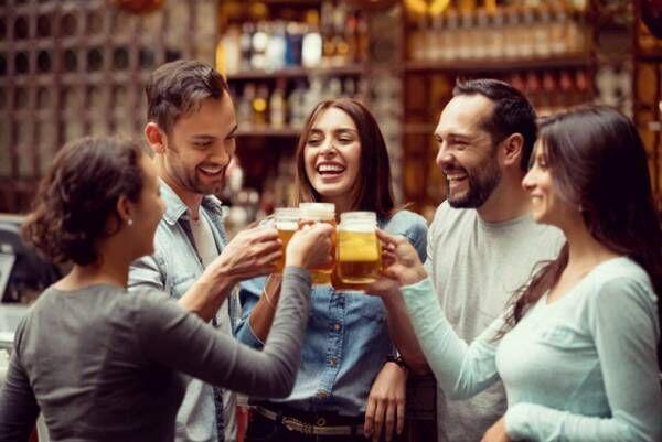 仕事の評価も恋もひとり占め? 職場の飲み会で一目置かれる言動3つ