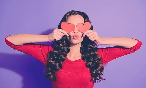 心当たりがある?「一目惚れしやすい女性」の5つの特徴