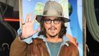 ジョニー・デップ、『ランゴ』のL.A.プレミアに出席。記者会見ではサプライズも