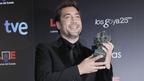 ハビエル・バルデム、ゴヤ賞主演男優賞受賞で、賞を妻ペネロペ・クルスと愛息に捧げる