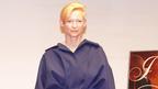 """ティルダ・スウィントン、""""衣食住""""が華麗なコラボ奏でる新作携え3度目の来日"""