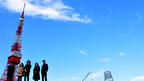 東京タワー上空に「333」 東京五輪開幕式再現に吉岡秀隆、堀北真希ら感動!