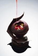 【3時のおやつ】東京マリオットホテル開業1周年記念の個性派クリスマスケーキ、10点限定で予約開始