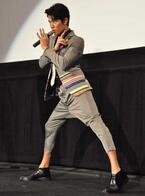 鈴木亮平、変態仮面の衣裳でアカデミー賞のレッドカーペットを歩くことを公約!