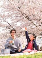 """生田斗真扮する""""リンコ""""が公開!桐谷健太と愛を編む『彼らが本気で編むときは、』予告編"""