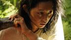 衝撃! 木村多江が豪快に蛇の皮を剥く 『東京島』本編特別映像が到着