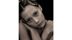 土屋アンナが3D版『バトル・ロワイアル』主題歌を担当 あの名曲が過激な現代風に!
