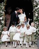 キャサリン妃・妹の挙式にジョージ王子&シャーロット王女も!メーガンは披露宴に