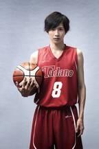 志尊淳、ガチ特訓3か月でバスケ特待生に!『走れ!T校バスケット部』主演
