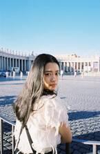 杉咲花、二十歳の輝き映す1st写真集発売!「初めてのイタリア。愛おしい旅でした」
