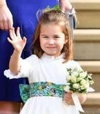 祝・シャーロット王女4歳!成長した姿がエリザベス女王の「ミニ・ミー」だと話題に