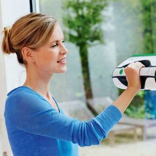 独フォアベルクの窓用クリーナー - 汚水も吸い取るので乾拭きいらず