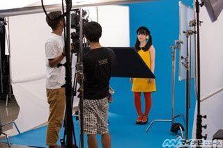 声優・内田真礼のツインテールに大注目! 2ndシングル「ギミー! レボリューション」のPV撮影現場に密着