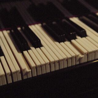 """濃厚な音を奏でる""""3倍高密ピアノ""""を独自に開発!? -AGF"""