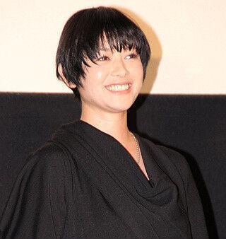 真木よう子、瑛太とのキス失敗に結果オーライ「爆笑してくれたからいいか」