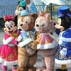 ディズニーシーでクリスマスの新ショー初披露! ダッフィー登場に大歓声