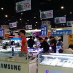 なんとAppleストア前! 大胆不敵な中国のiPhone 6転売現場とは?