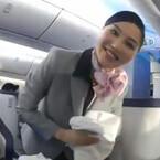 ANA、利用者と客室乗務員の視点で