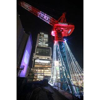 渋谷駅の工事現場がイルミネーション&雪の結晶に彩られる!