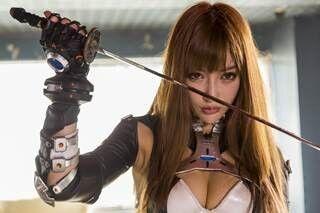 """明日花キララ、ファン参加型イベント開催! ご褒美は""""あ~ん""""&ケツバット"""