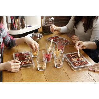 バレンタインデーに! カカオ豆から自分だけのチョコを作るワークショップ
