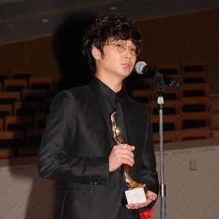 綾野剛、男優主演賞受賞も俳優のジレンマに複雑「どこかで敗北感もある」