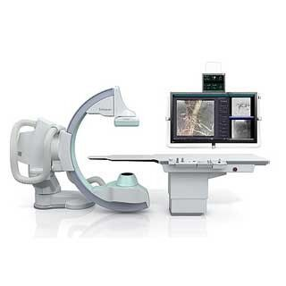 島津製作所、血管撮影システム「Trinias series MiX package」を発売