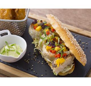 ヒルトン東京のランチに「ホテルブレッド」を使用した春サンド3種が登場