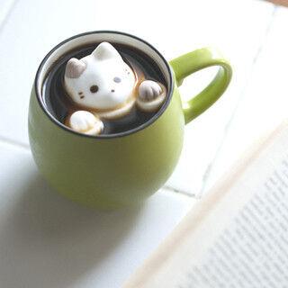 大阪府・梅田にネコグッズ大集結! コーヒーに浮かぶ「cafe cat」も