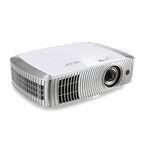 エイサー、フルHD対応の短焦点プロジェクタ2機種 - 3D映像投影にも対応