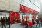チョコ付け体験も! 「PARM」CMの世界観を再現したカフェが4日間限定で登場