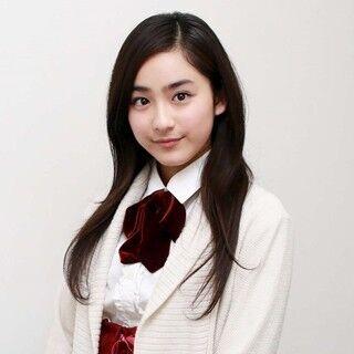 平愛梨を姉に持つ16歳美少女、平祐奈の素顔とは?「お化け屋敷の壁を破壊」「6人兄妹で毎日LINE」