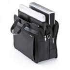 モバイルプリンタやプロジェクタも収納可能な15.6型ノートPC対応バッグ
