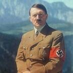 ヒトラーの人心掌握と演説術、『わが闘争』の誕生秘話 - 盛衰史を振り返る