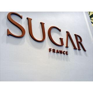 海外モバイルトピックス (93) スワロフスキーで装飾した本気の女子スマホ「Sugar」に注目
