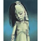 東京都・渋谷で痛々しい姿の少女たちを表現した、画家と人形作家の展覧会