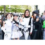 神奈川県川崎市にスター・ウォーズ仮装100人集結! BB-8も登場 - 写真19枚