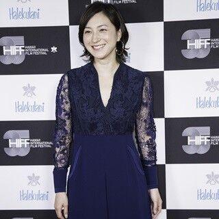広末涼子、ハワイ映画祭で日本女優初キャリア功労賞! 感激の英語スピーチ
