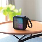 エレコム、LEDライトが音楽に合わせて光るBluetoothスピーカー