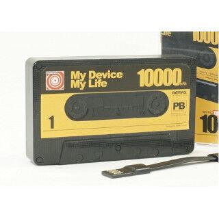 カセットテープみたいな容量10,000mAhのモバイルバッテリー