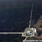 「重力波」の観測に初成功 - アインシュタインの予言から100年目の大成果