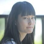 橋本愛、宮崎あおいと母娘役で初共演! 宮崎の表情に「無条件の愛を感じた」