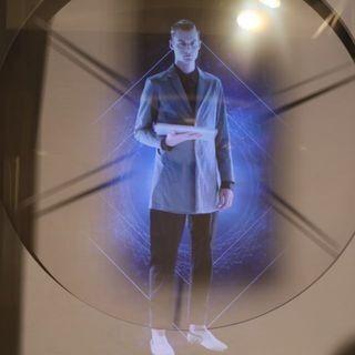 伊勢丹メンズ館、Surfaceを使って「未来の百貨店」を表現
