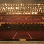 日本ミュージカルの聖地「帝国劇場」とは? - 二度と同じものは作れない、演劇のための大劇場に迫る