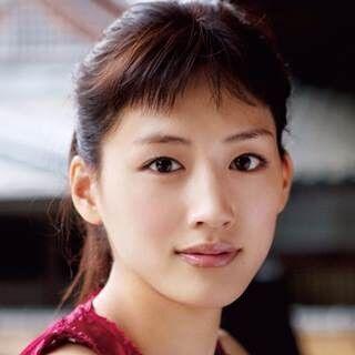 綾瀬はるか×堤真一、『本能寺ホテル』でW主演! 『トヨトミ』チーム再び