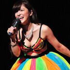 エロ過ぎるピアニスト高木里代子、胸の谷間を披露も「恥ずかしさはない」