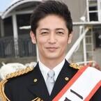 玉木宏、高嶋政宏の「いい男過ぎる」にはにかみ - 一日署長の制服姿を絶賛