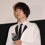菅田将暉、メロ役を希望していた!? 『デスノート』初日で「最後」の白衣装