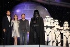 SW新作『ローグ・ワン』監督&キャストにファン熱狂! ダース・ベイダーも降臨